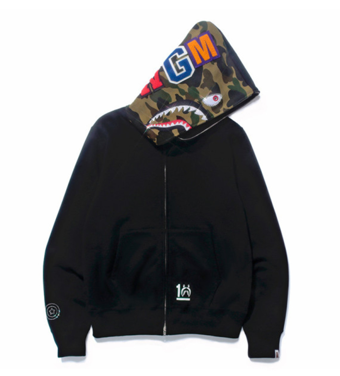 a-bathing-ape-shark-hoodie-10th-anniversary-collection-04