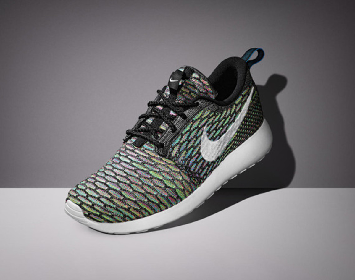 nike-womens-spring-2015-flyknit-footwear-collection-01