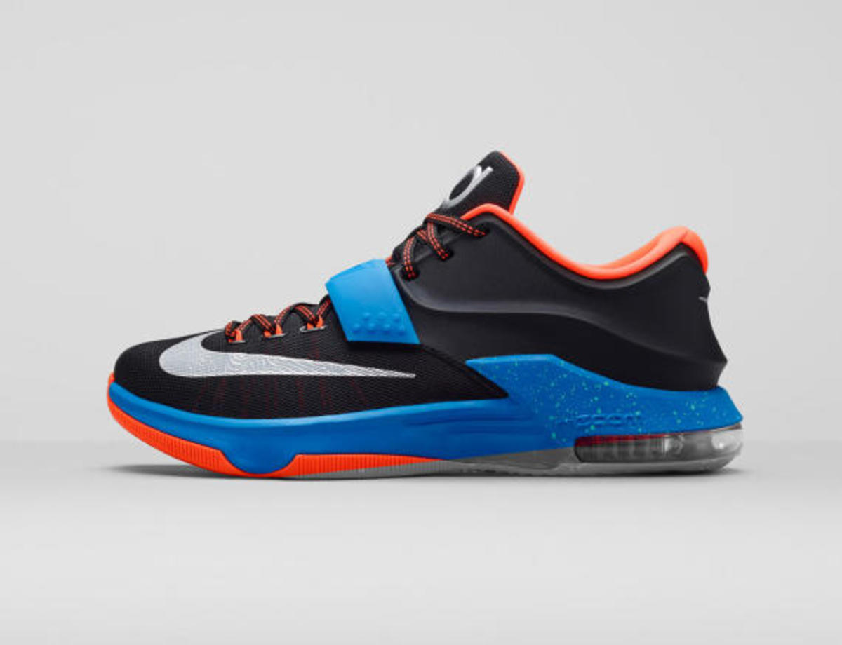 nike-kd7-on-the-road-02