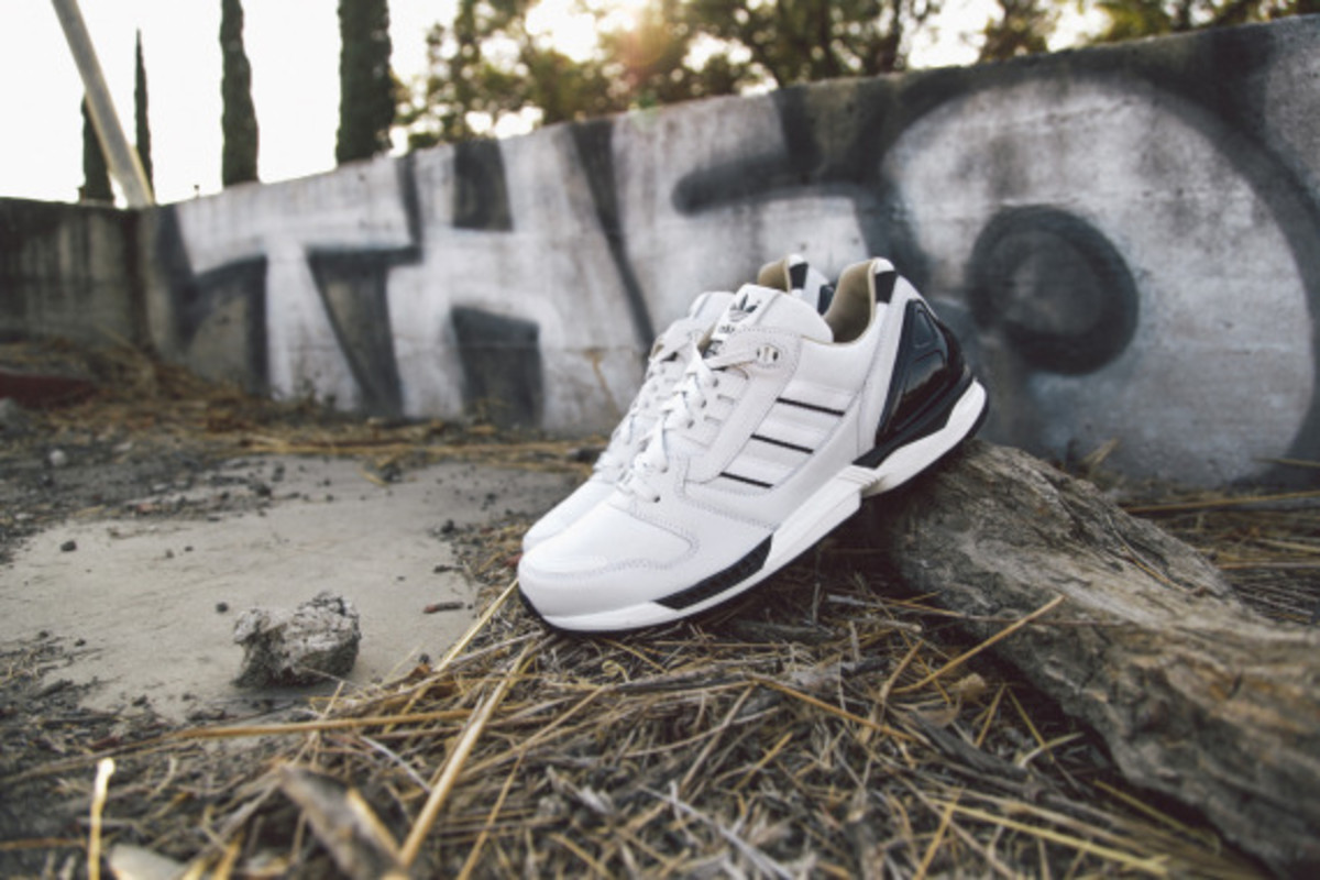 adidas-originals-zx-8000-fall-of-the-wall-pack-closer-look-08