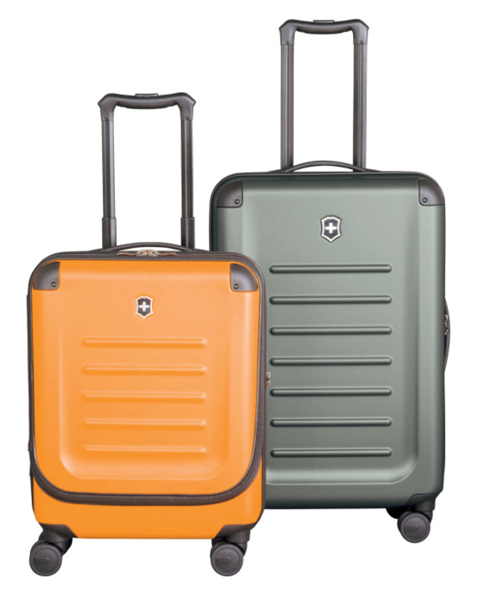 victorinox-limited-edition-travel-pack-09
