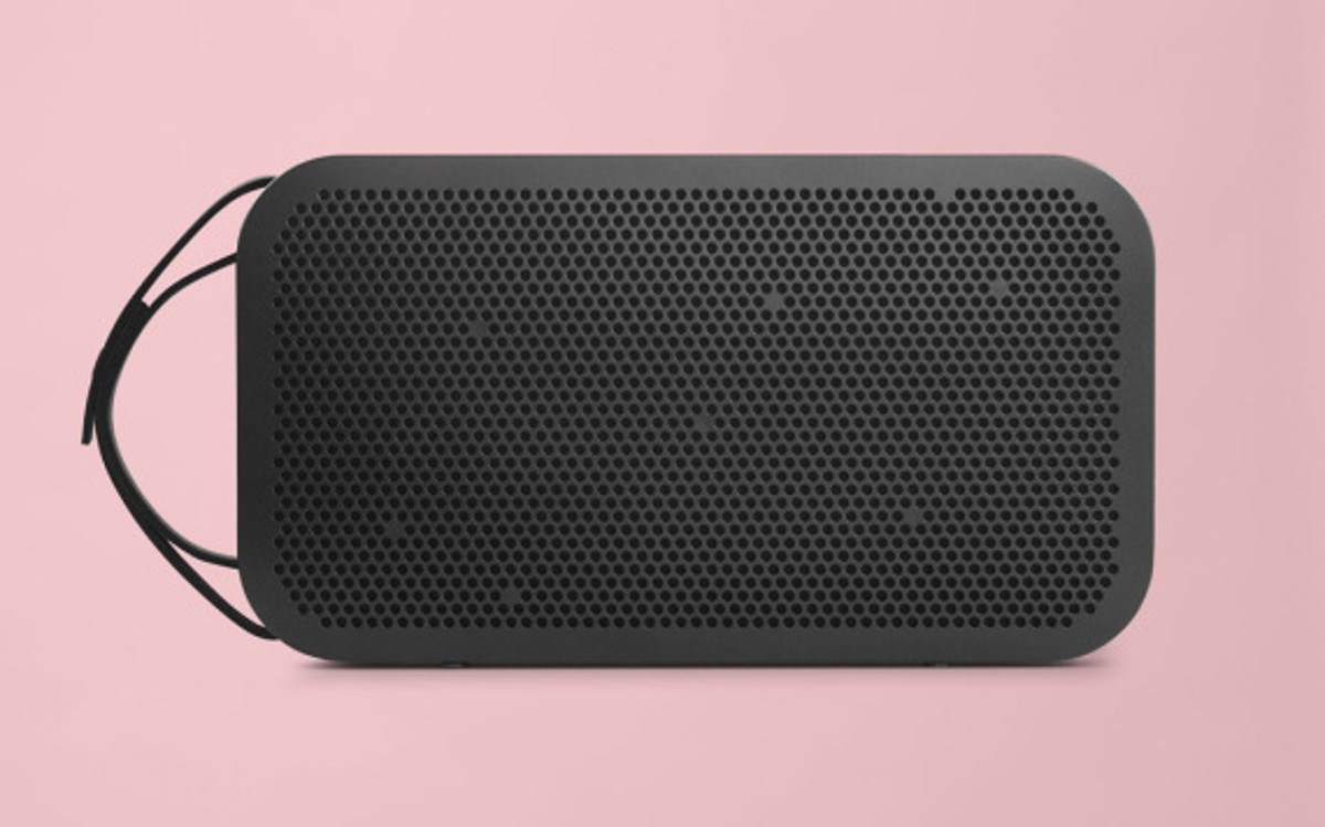 bang-and-olufsen-beoplay-a2-bluetooth-speaker-07