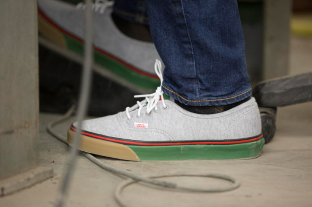 bodega-vans-vault-authentic-lx-fleece-pack-03