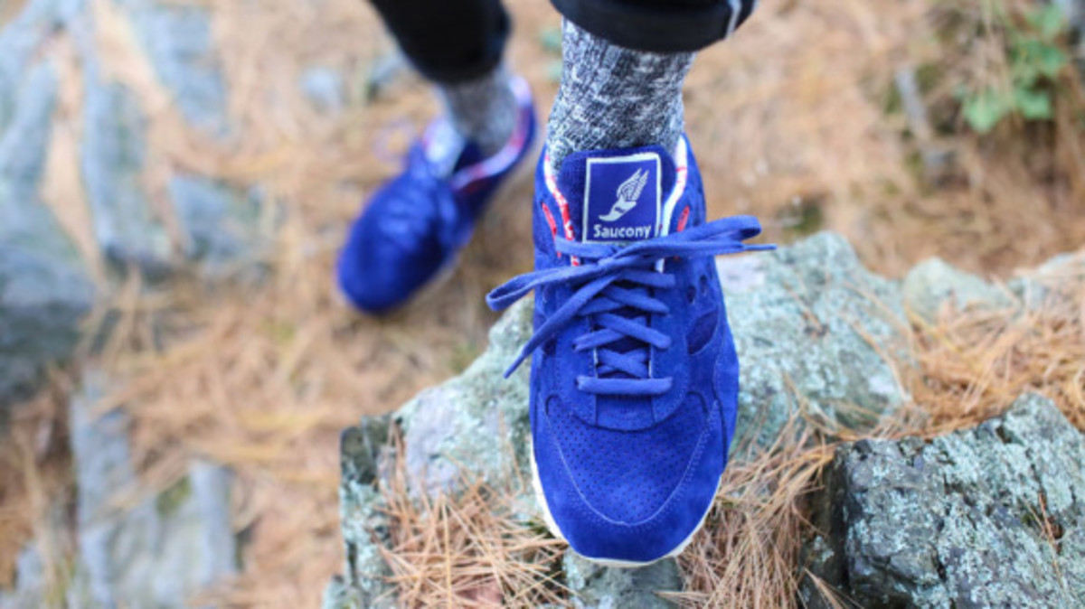 bodega-saucony-elite-shadow-6000-sweater-pack-06