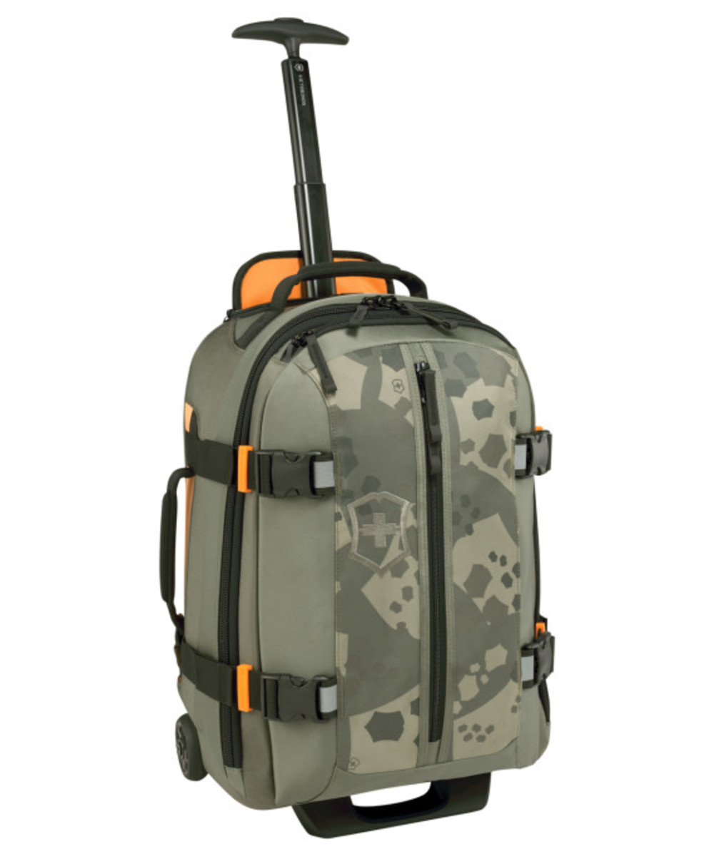 victorinox-limited-edition-travel-pack-07