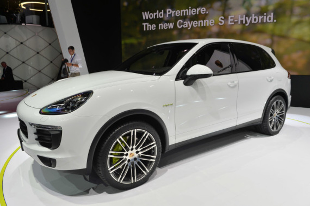 2015 porsche cayenne s e hybrid freshness mag. Black Bedroom Furniture Sets. Home Design Ideas