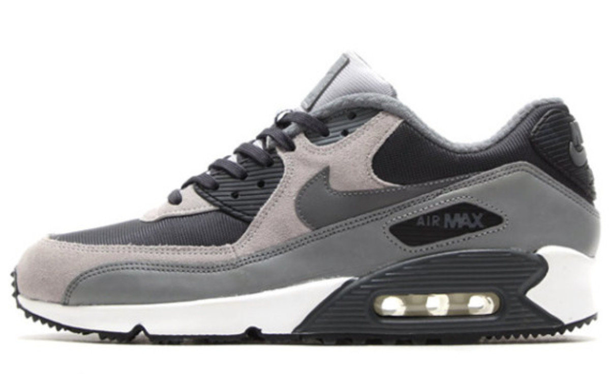 Nike Air Max 90 Winter PRM Style: 683282-001 Color: Anthracite/Dark Grey-Wolf Grey-Cool Grey