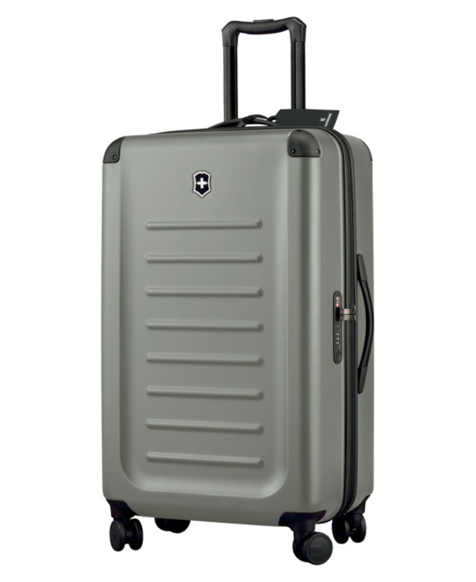 victorinox-limited-edition-travel-pack-12