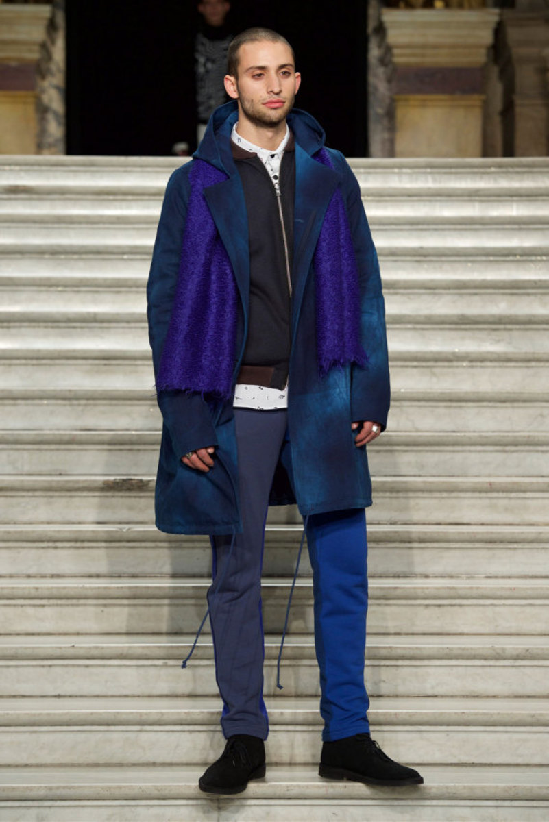pigalle-fall-winter-2015-collection-runway-show-04