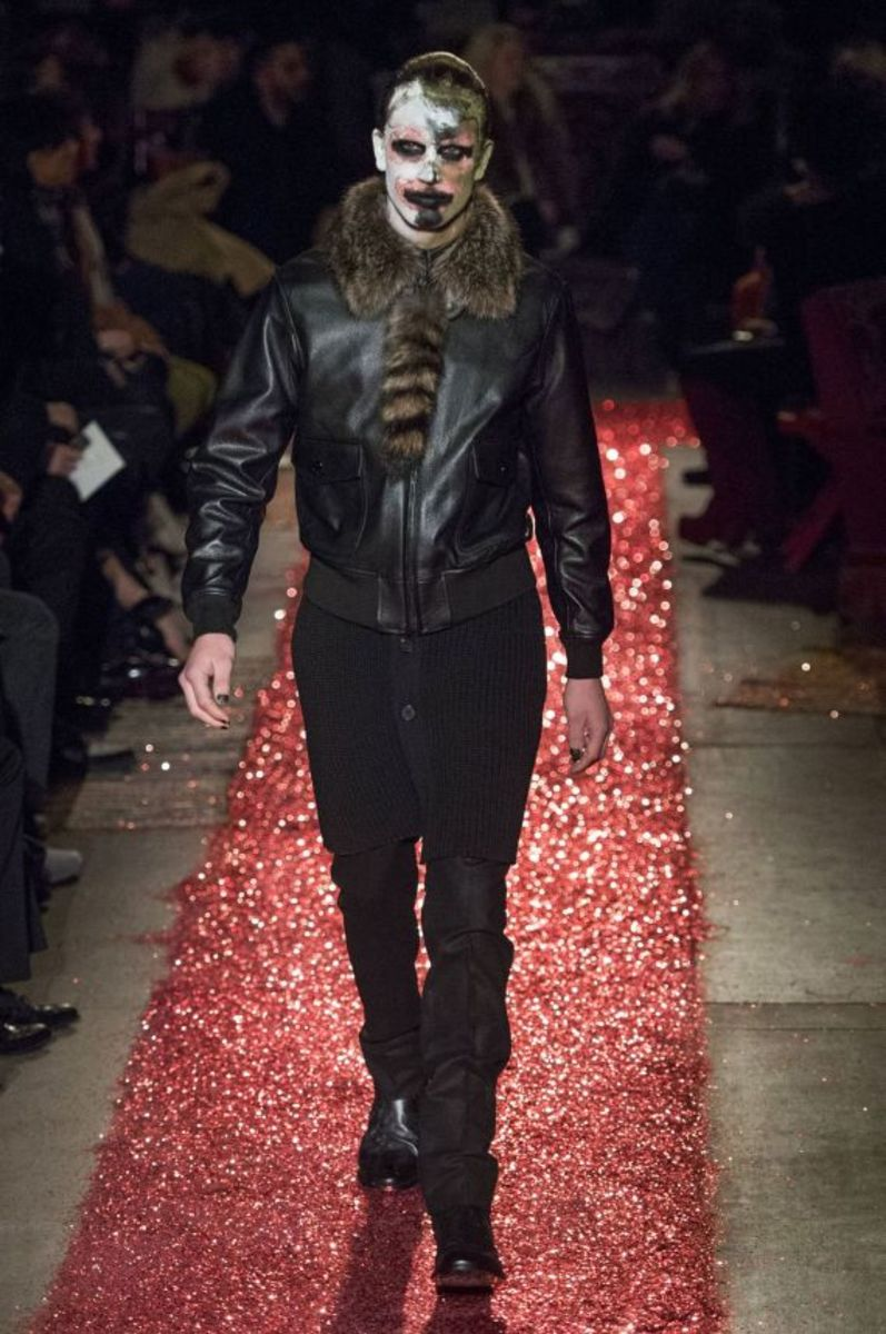givenchy-fall-winter-2015-collection-02