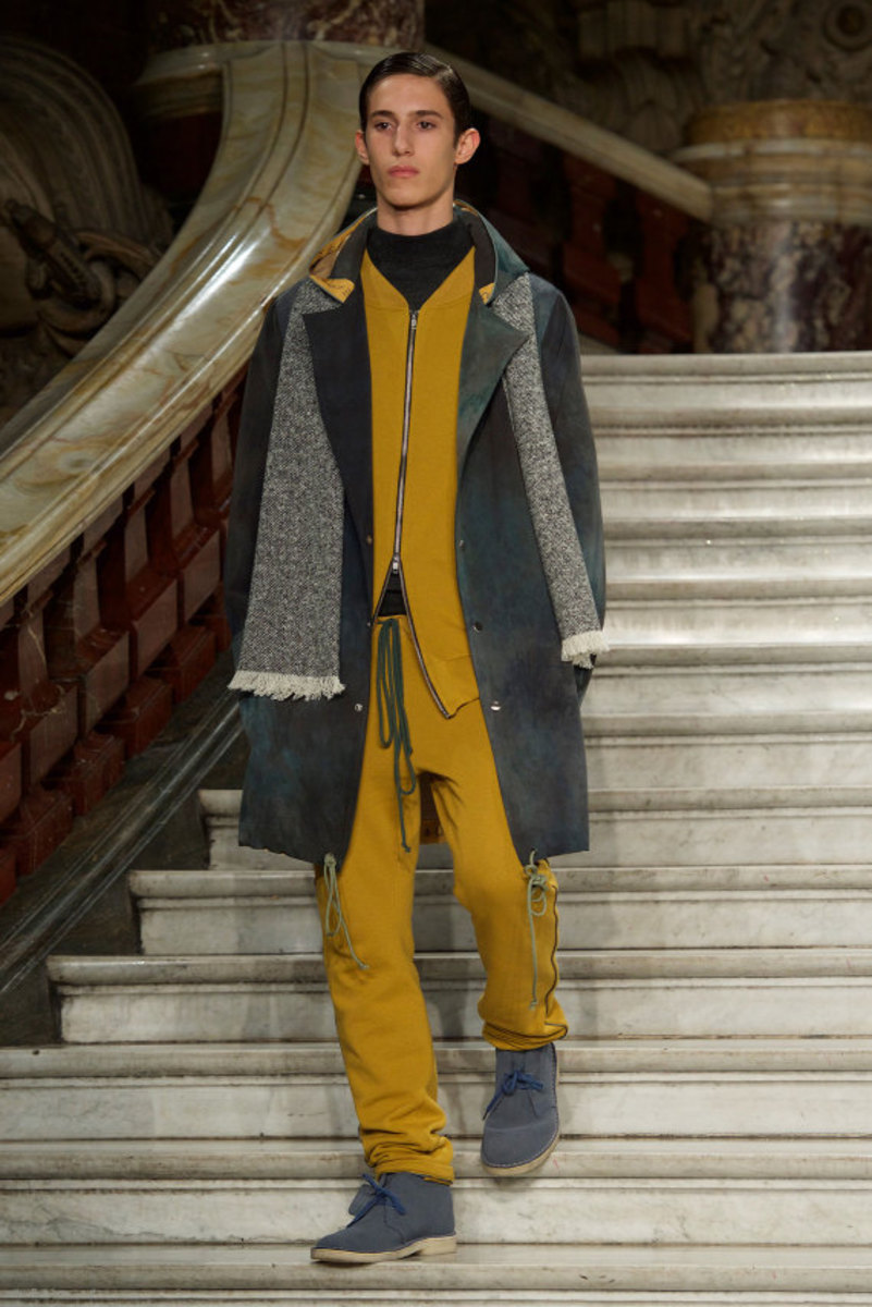 pigalle-fall-winter-2015-collection-runway-show-13