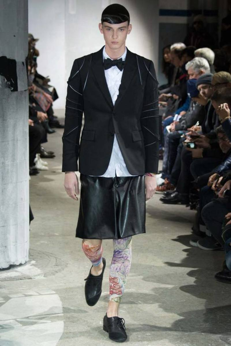 comme-des-garcons-fall-winter-2015-collection-18