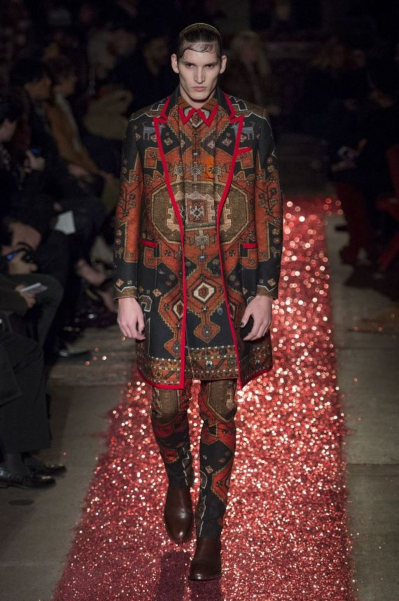 givenchy-fall-winter-2015-collection-12