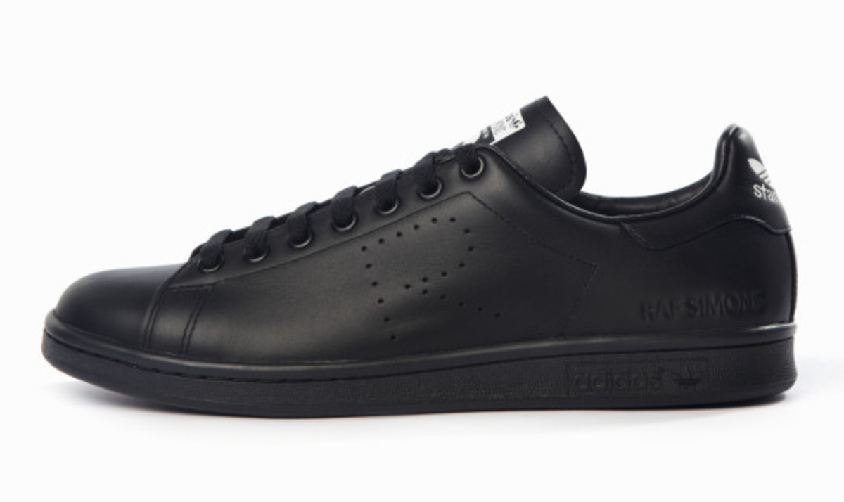 adidas-by-raf-simons-fall-winter-2015-footwear-collection-09