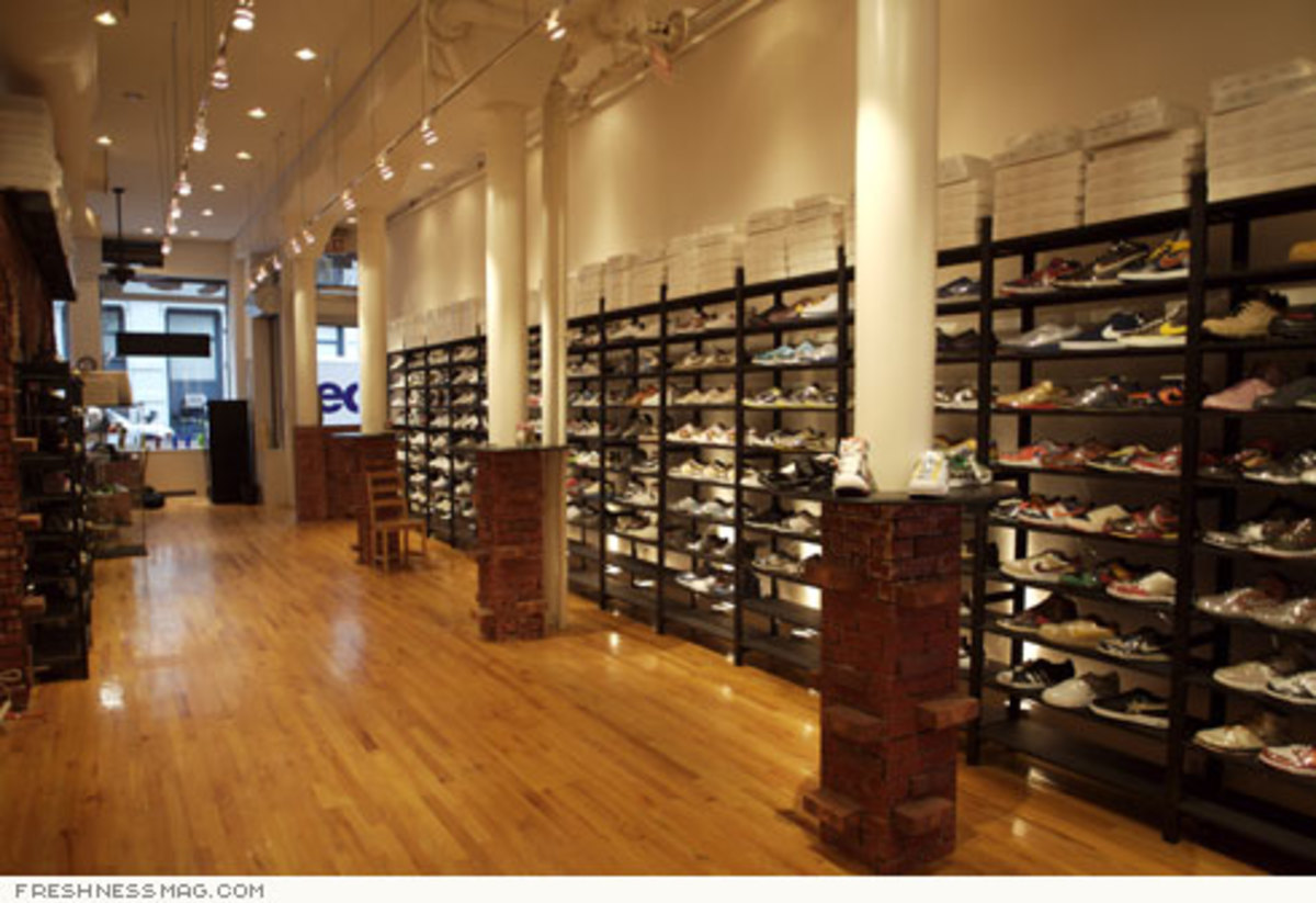 Just Opened: La Pizza Sneaker Shop - Grand St, NYC - 5
