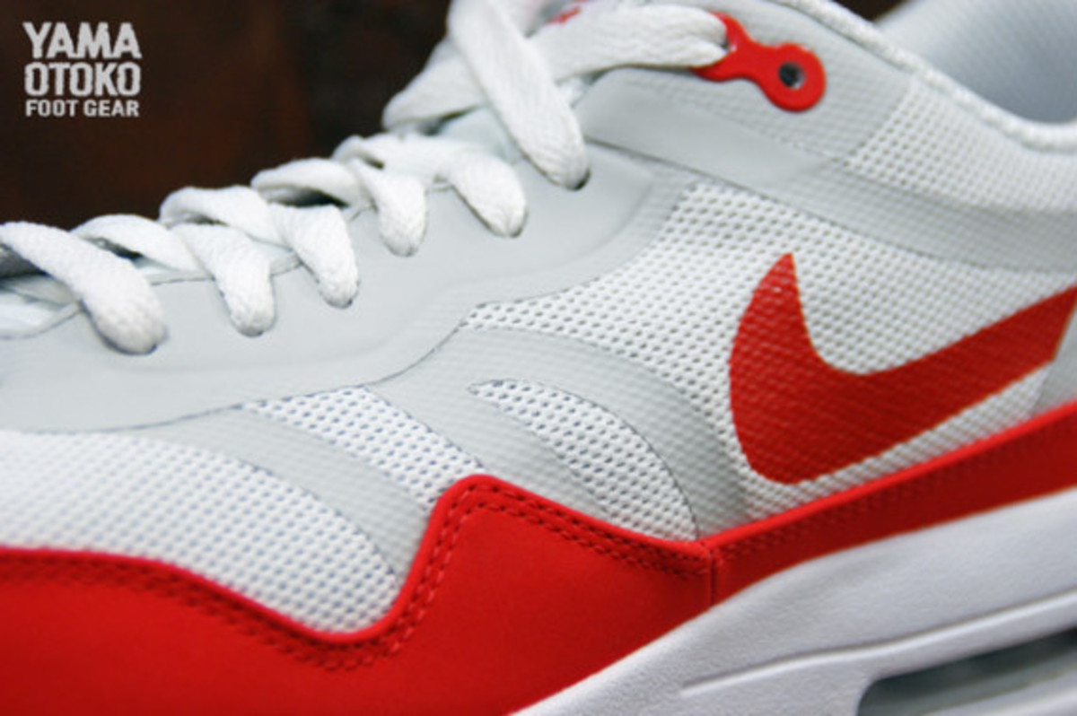 nike-air-max-1-tape-og-red-preview-03