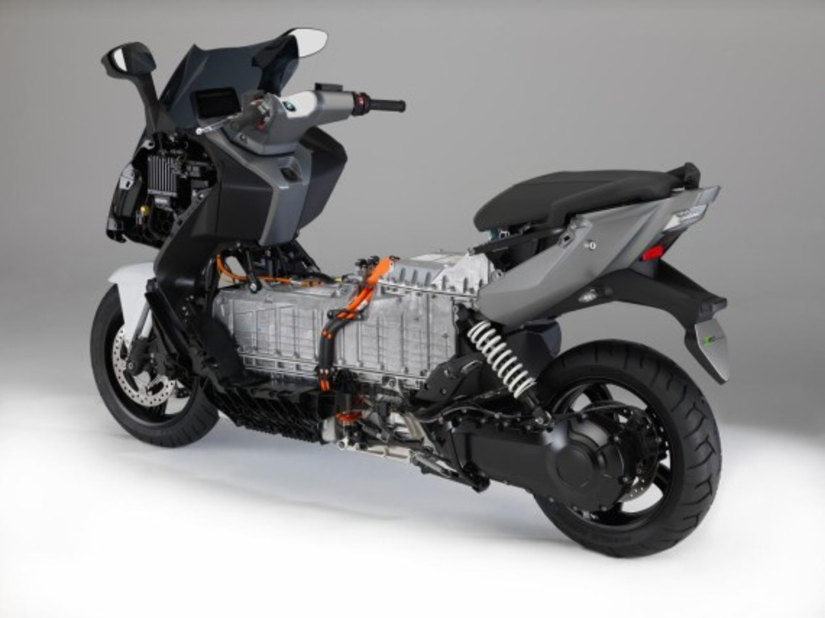 bmw-c-evolution-electric-scooter-24