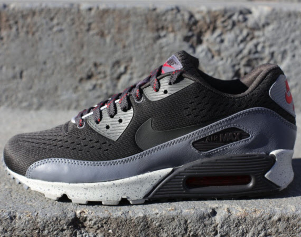 f577e3c69119 The Nike Air Max 90 EM continues its whirlwind tour around the globe with  this latest edition