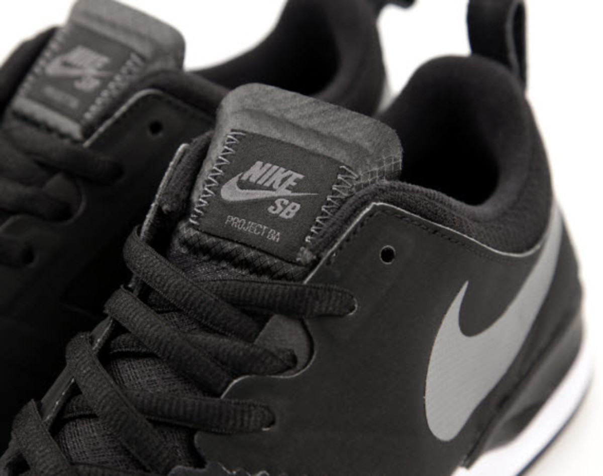 bb1bc1381d28 Combining classic style with Nike s latest in footwear innovation