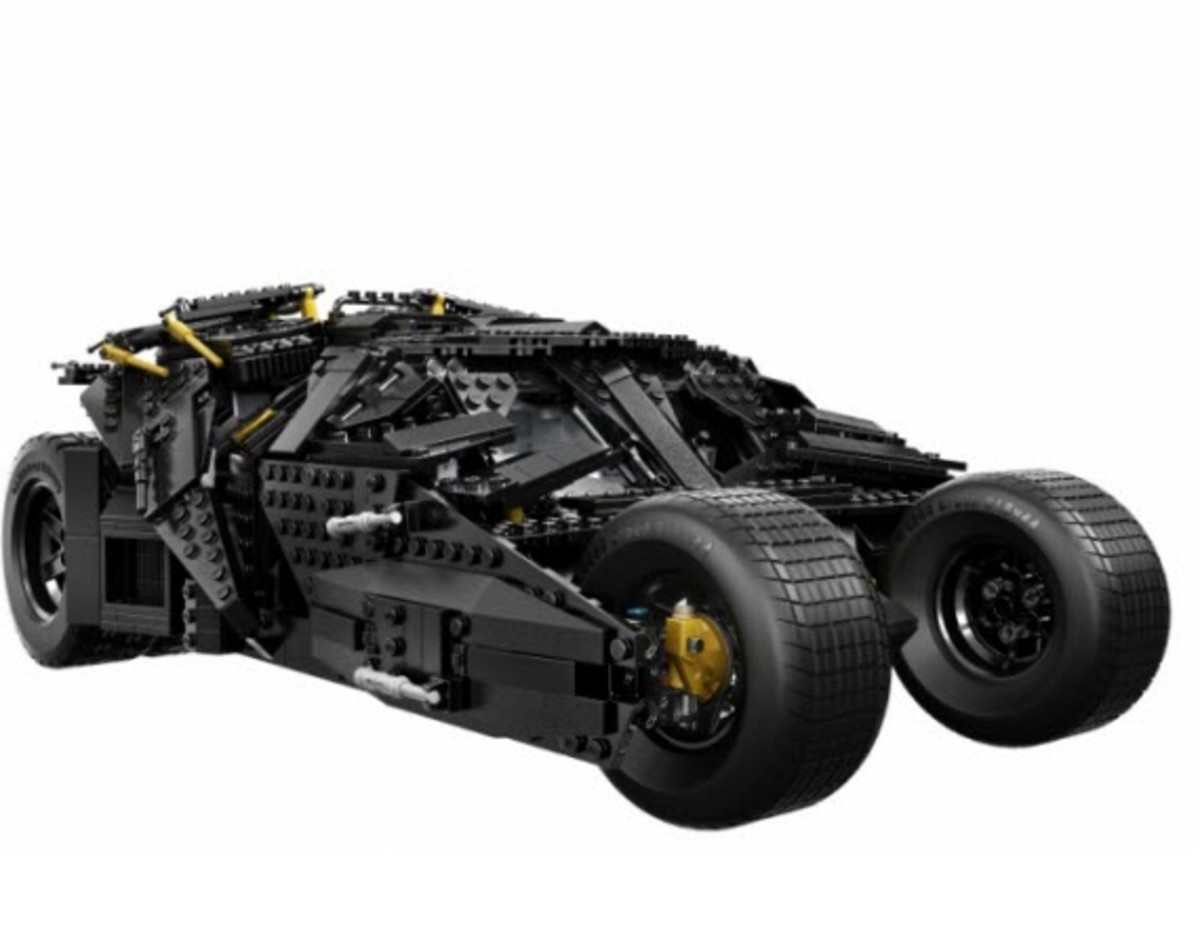 """LEGO - """"The Dark Knight"""" Tumbler and Figures"""
