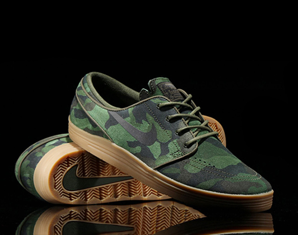 brand new f6fc1 a1455 Slated for release this weekend, Nike SB tweaked the Stefan Janoski  signature shoes with a military flavor. Sitting atop the comfortable  Lunarlon soles, ...
