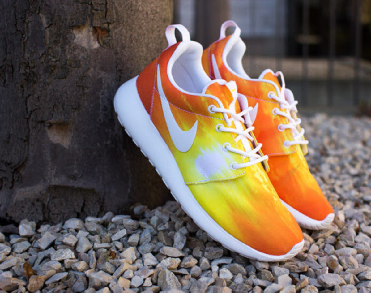 d9961480d30f The Nike Roshe Run is a good selection for any time of day