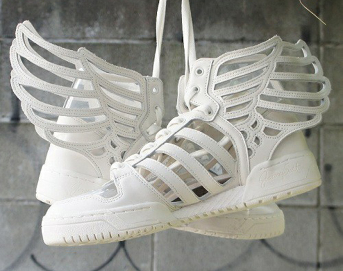 online store 1b530 8cc73 Headlining the Fall Winter 2014 footwear collection from the adidas  Originals by Jeremy Scott range is an interesting redesign of the JS Wings  model.