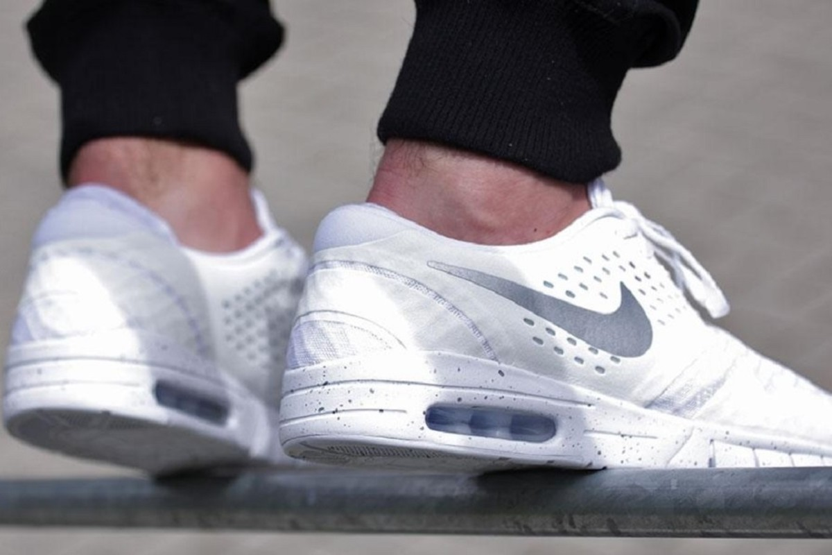 online store d344e 0e21f So in fitting with the season, the Swoosh serves up a nice one with this NikeEric  Koston 2 Max