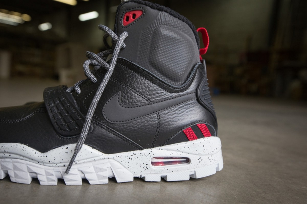 41290d335cce Bo Jackson s Nike Air Trainer SC 2 Gets the Sneakerboot Treatment ...