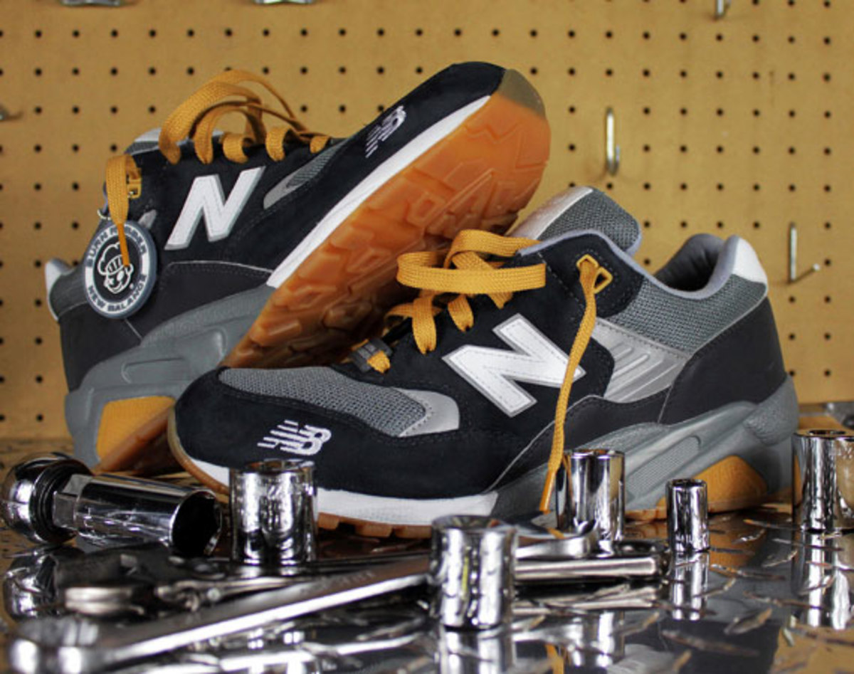Rápido Permanecer Fructífero  Burn Rubber x New Balance - MT580BC + MT580WC | Workforce Pack - Freshness  Mag