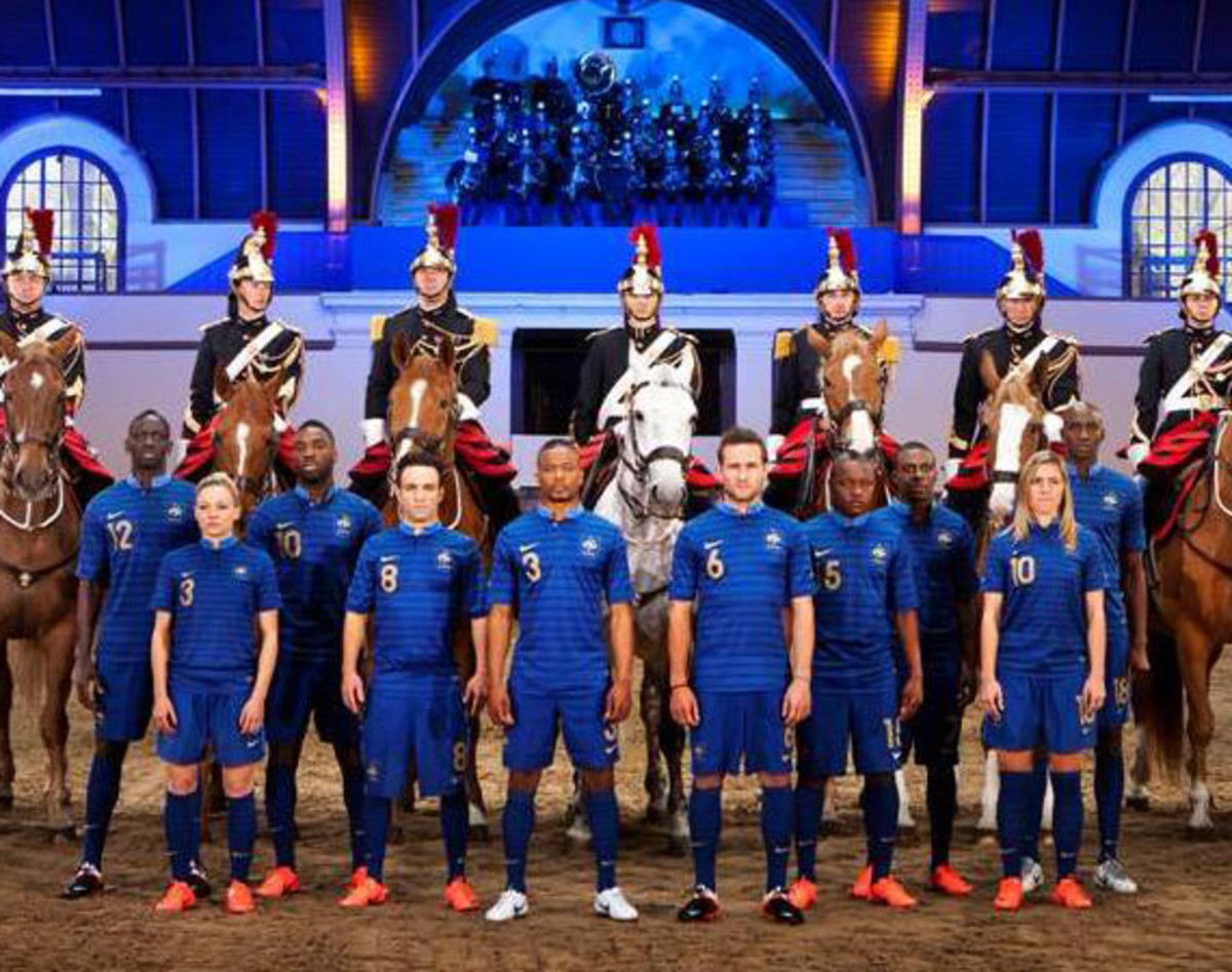 sports shoes 2f941 4d1f1 Nike Soccer - French National Team Home Kit - Unveiling At ...