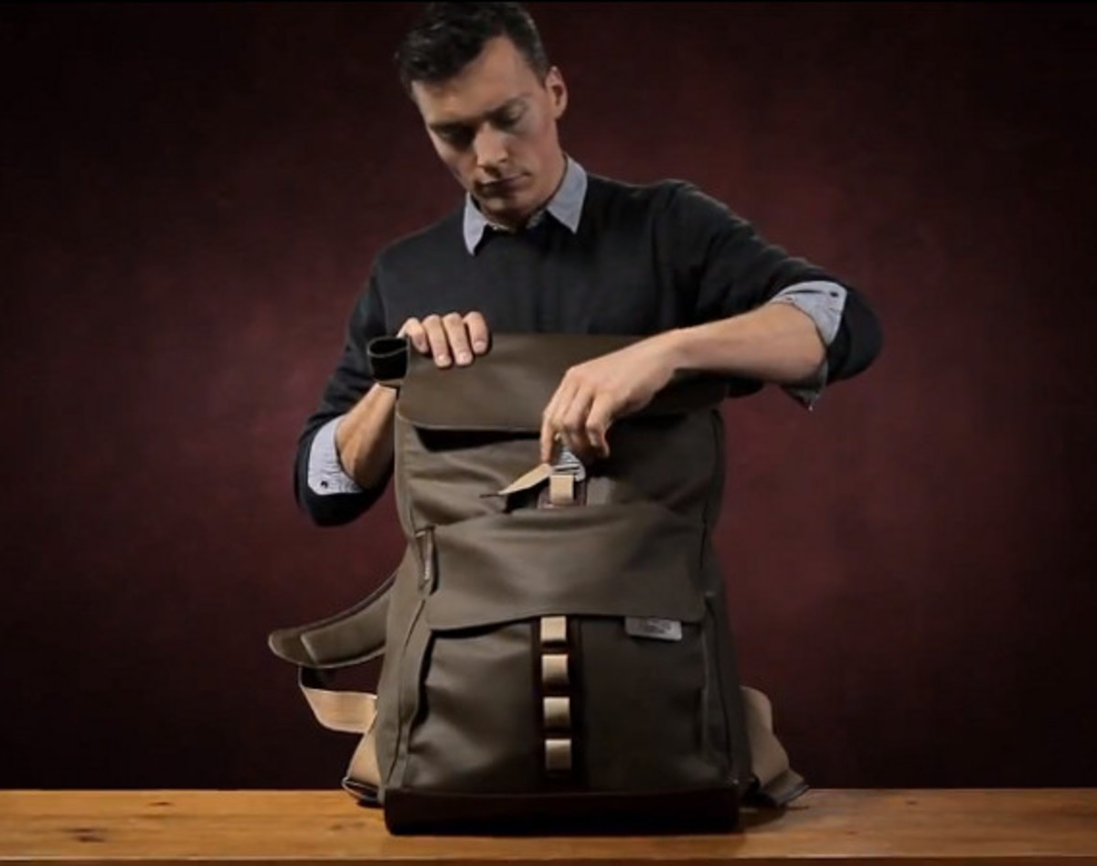 e69bc777c9 Loaded with features and carrying a ruggedly handsome aesthetic, the Islington  Rucksack from Brooks England has a spacious main compartment (33 liters, ...