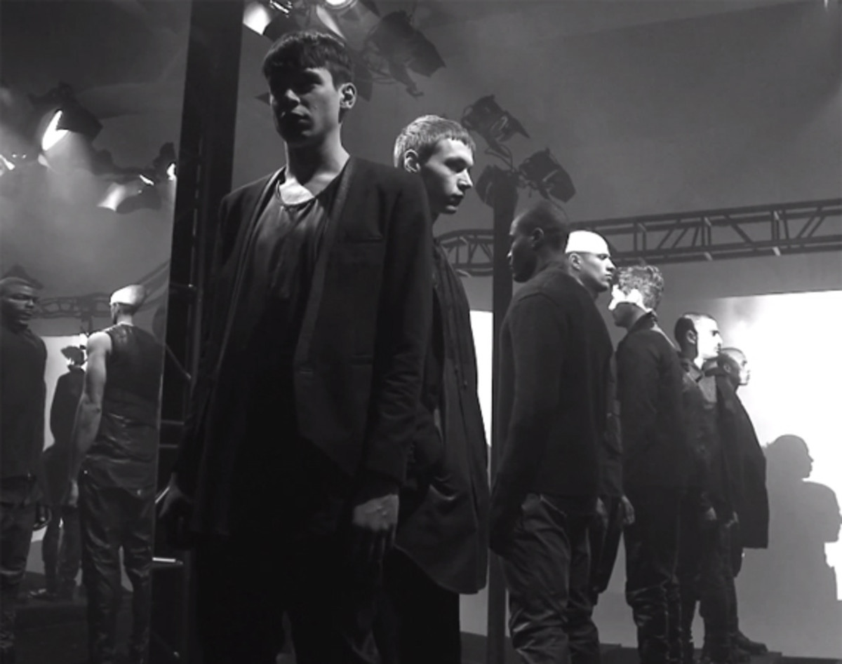 en-noir-fall-winter-2013-hall-of-mirrors-presentation