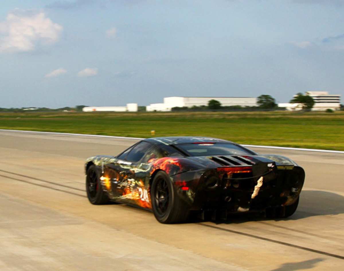 Hennessey Ford Gt Breaks   Mph World Record On Texas Mile