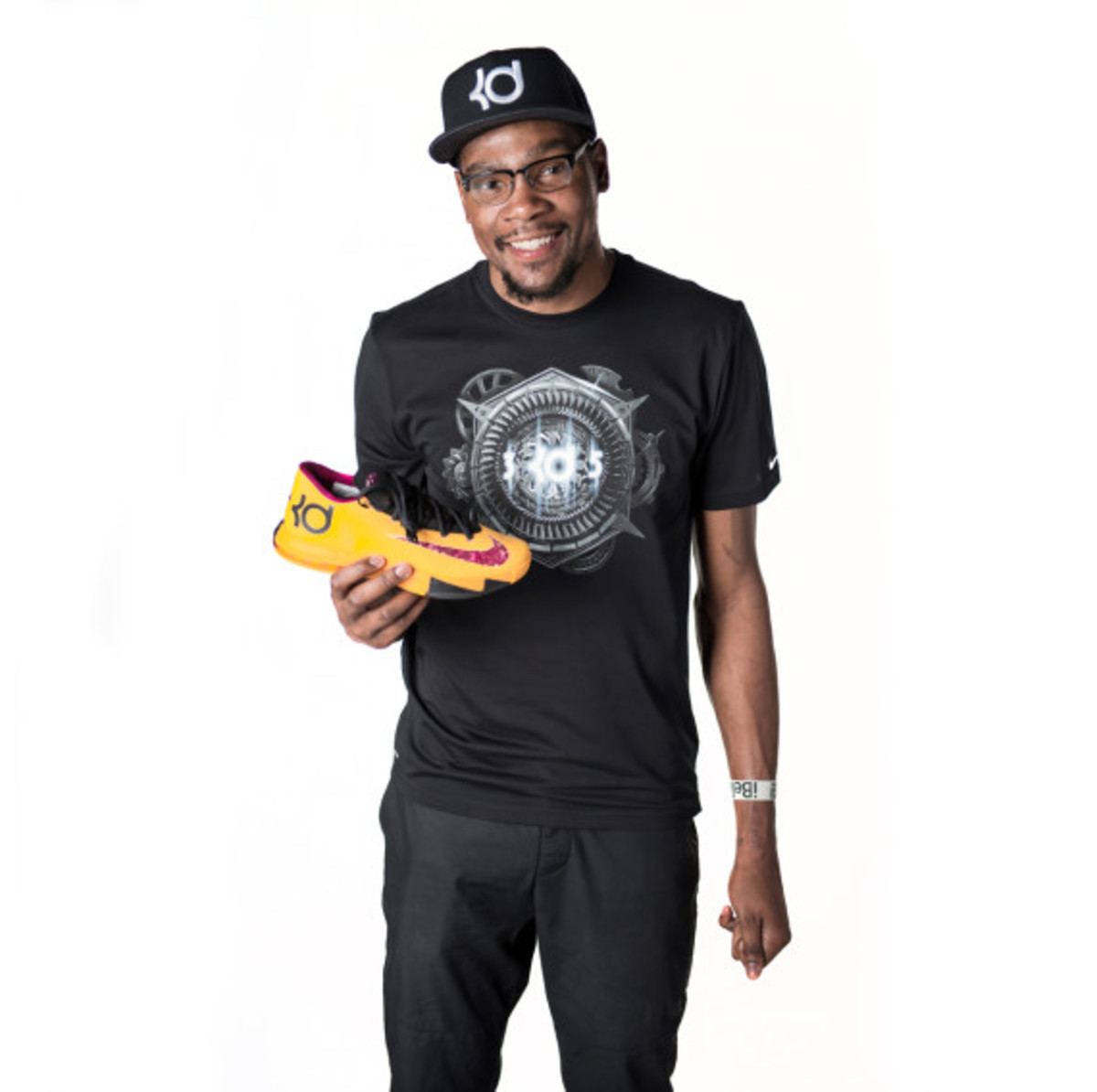 """Kevin Durant Talks About The Nike KD 6 """"Peanut Butter"""