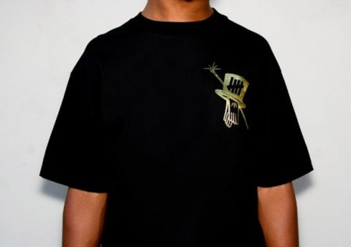 UNDFTD x Gents of Desire x Nike  Solid Gold Tee - 1