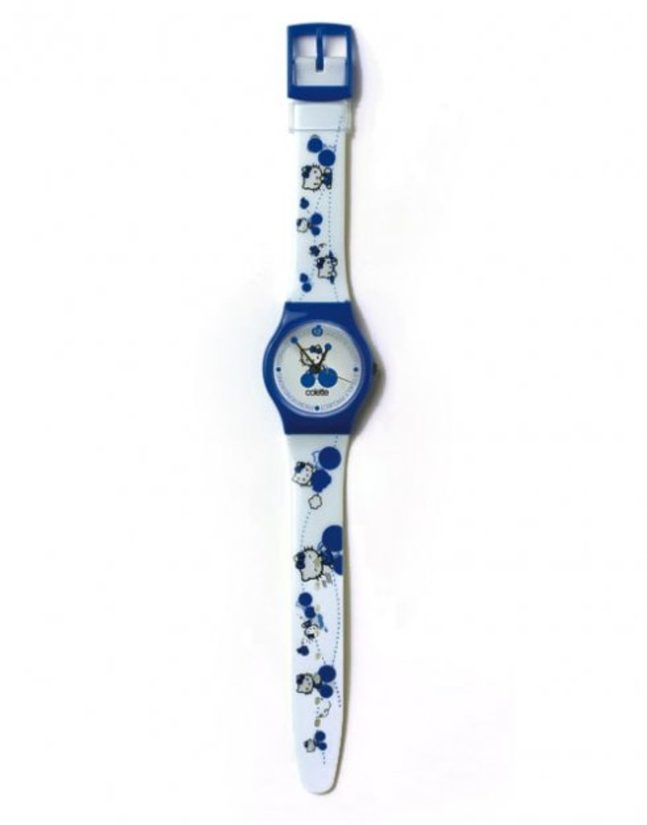 colette-silly-thing-hello-kitty-watch-3.jpg