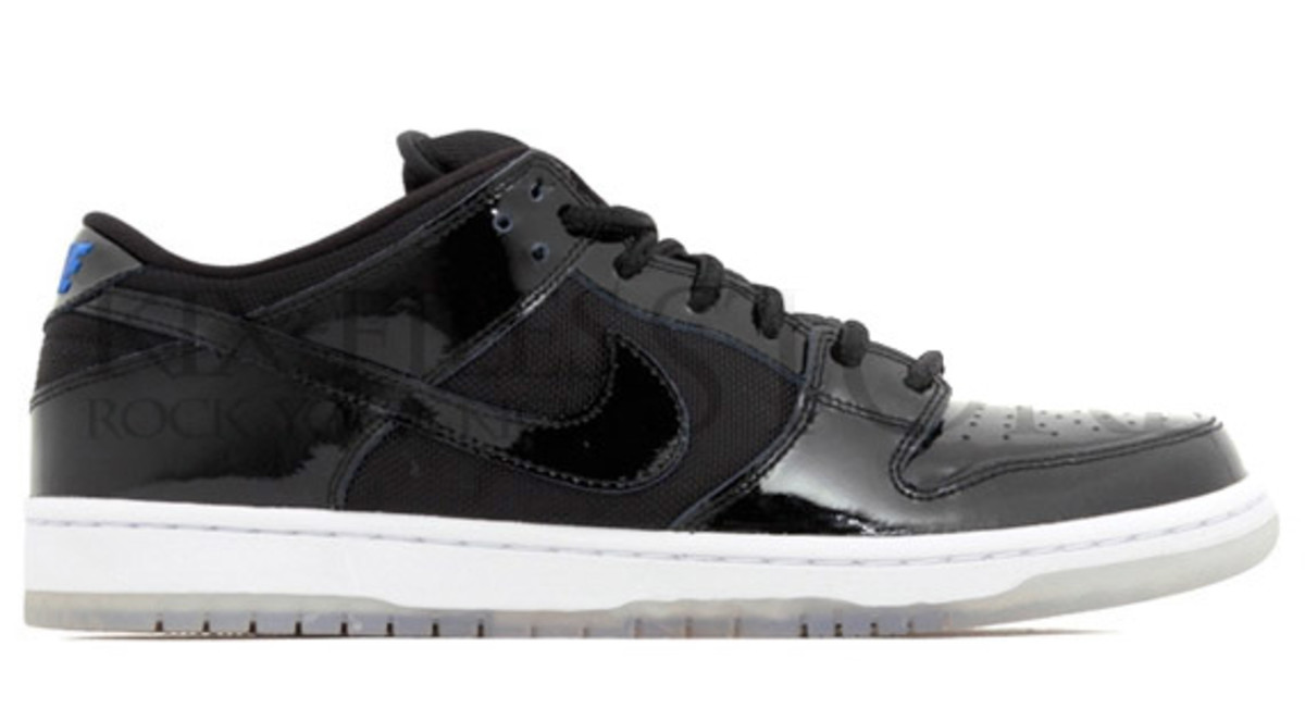 huge discount d196e 8e859 Nike SB Dunk Low - Air Jordan XI Space Jam Inspired ...