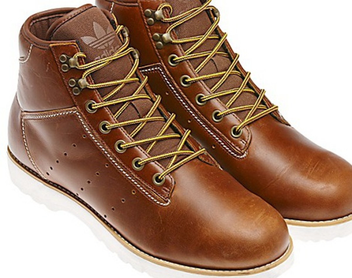 d94e2023b36c ... footwear but can t quite commit to a full-on workboot