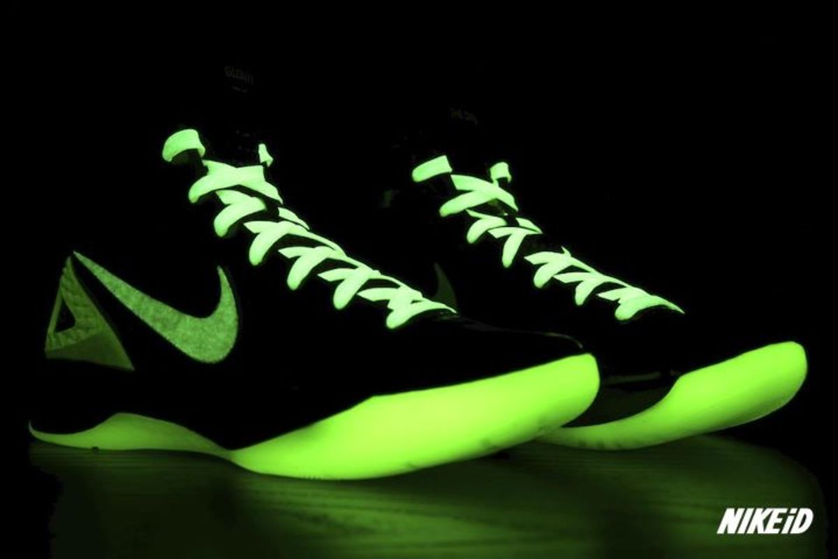 nikeid nike zoom hyperdunk 2011 id glow in the dark