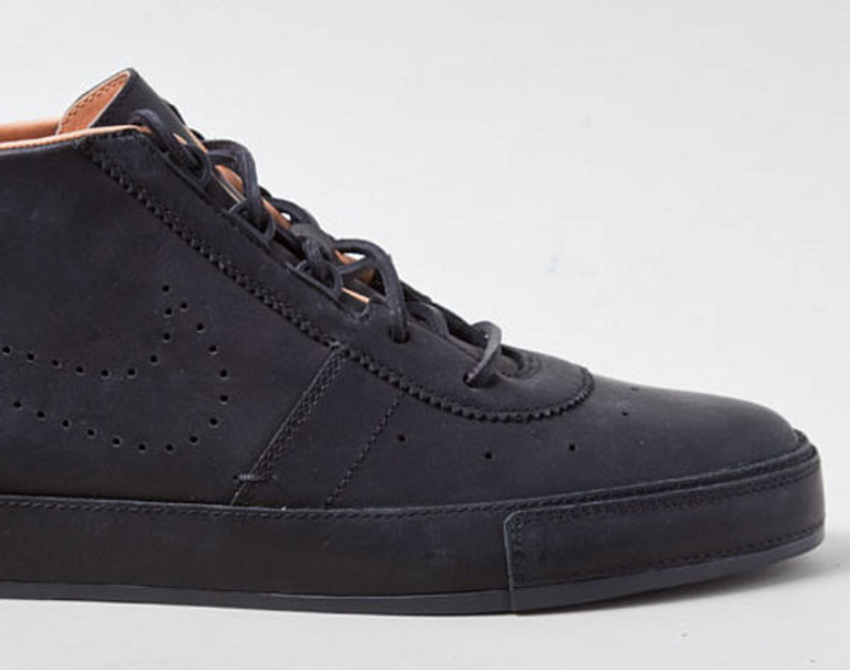hot sale online bac65 49c47 The Nike Hachi debuted last year as a Nike Sportswear chukka-inspired  sneaker, with design notes -- like the one-piece toe box and molded eyelets  -- lifted ...