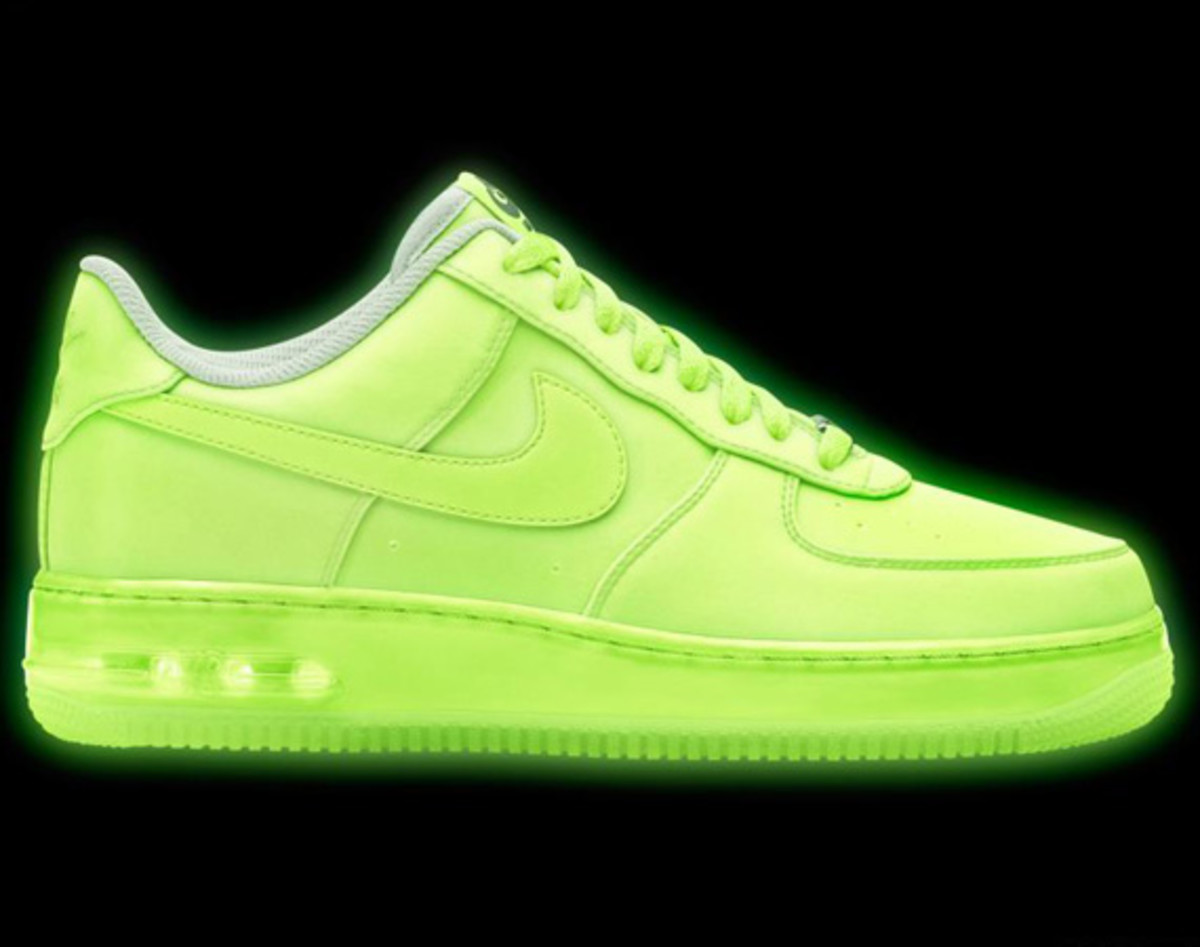 nikeid air force 1 id glow in the dark design options. Black Bedroom Furniture Sets. Home Design Ideas