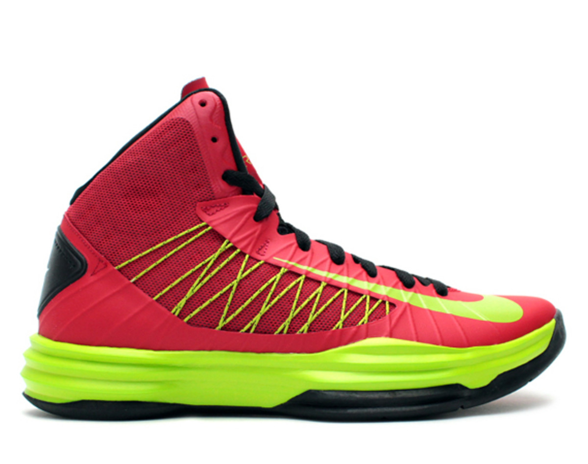 size 40 3a25b edce4 The perfect complement to the Nike Lunar Hyperdunk in a Game Royal Atomic  Green colorway, this University Red counterpart showcases the same Atomic  Green ...