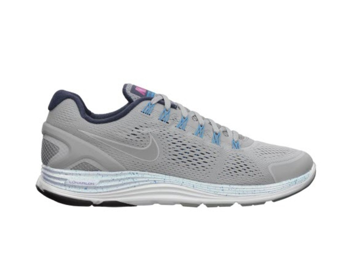 8882c0909b789c You re looking at a highly limited release of Nike s LunarGlide 4 NRG in a  cool Wolf Grey with just the right touch of minty Blue accents.
