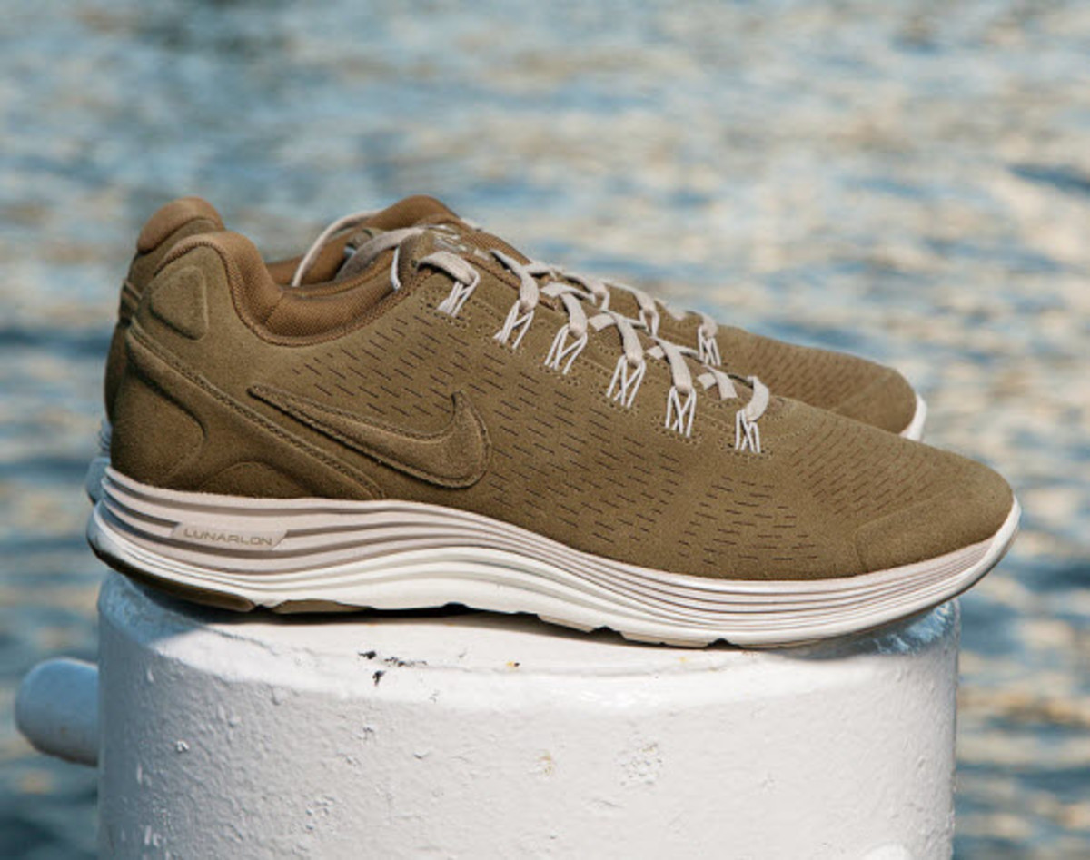 Nike Lunarglide 4+ EXT Squadron GreenClassic Stone