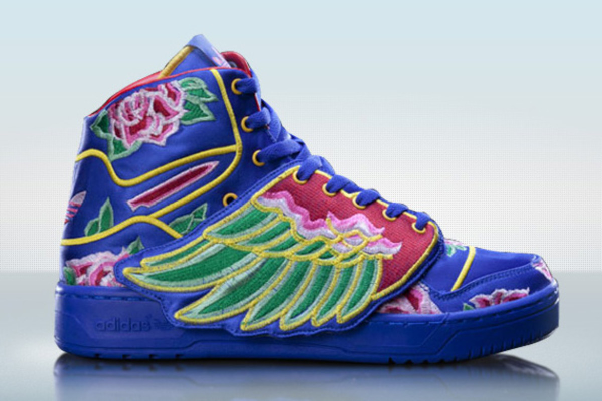 best service b77ce a6bf0 Eason Chan x adidas Originals by Jeremy Scott - JS Wings Special Edition