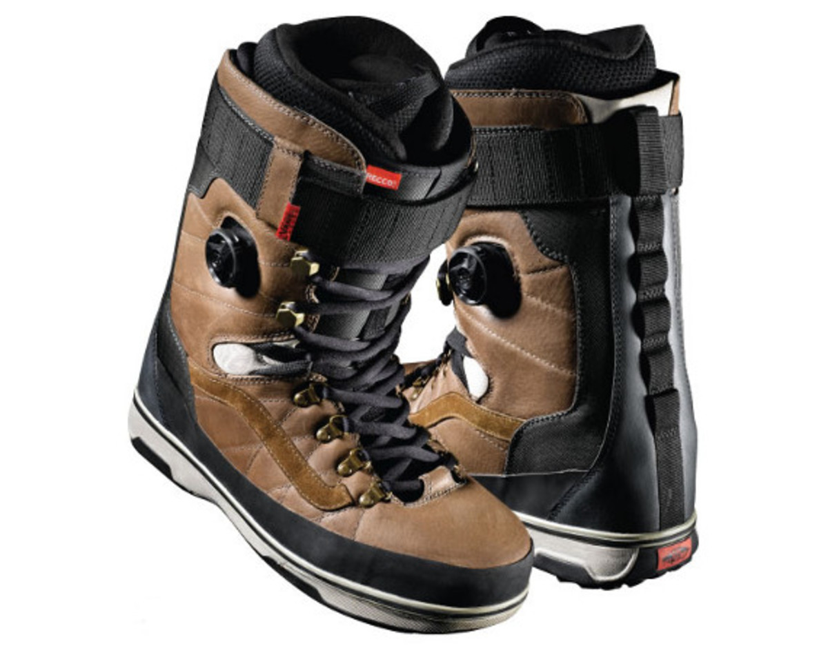383f1980d2 VANS Infuse Snowboard Boots - Freshness Mag
