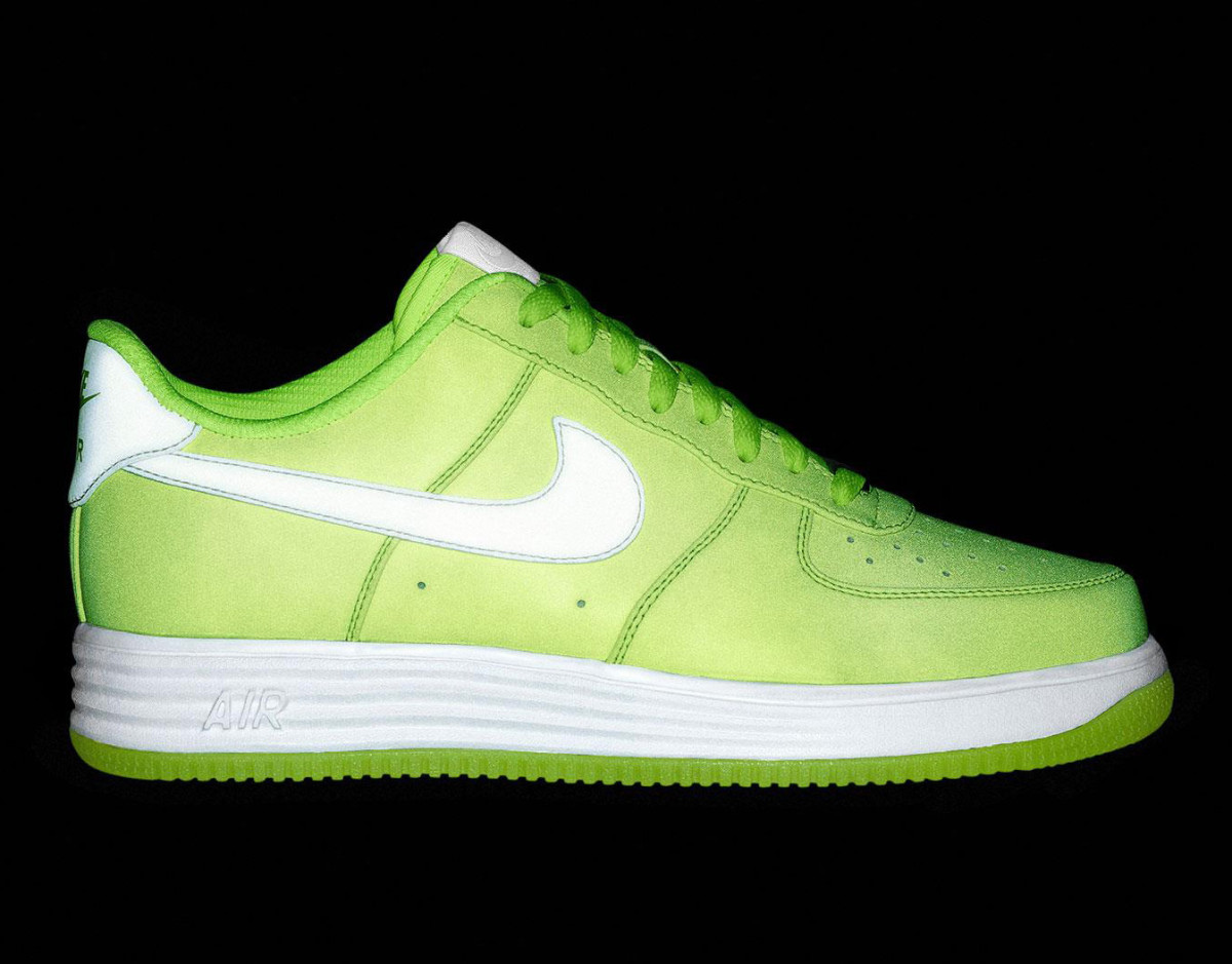 NIKEiD Air Force 1 iD - Lunar & Reflective Design Options