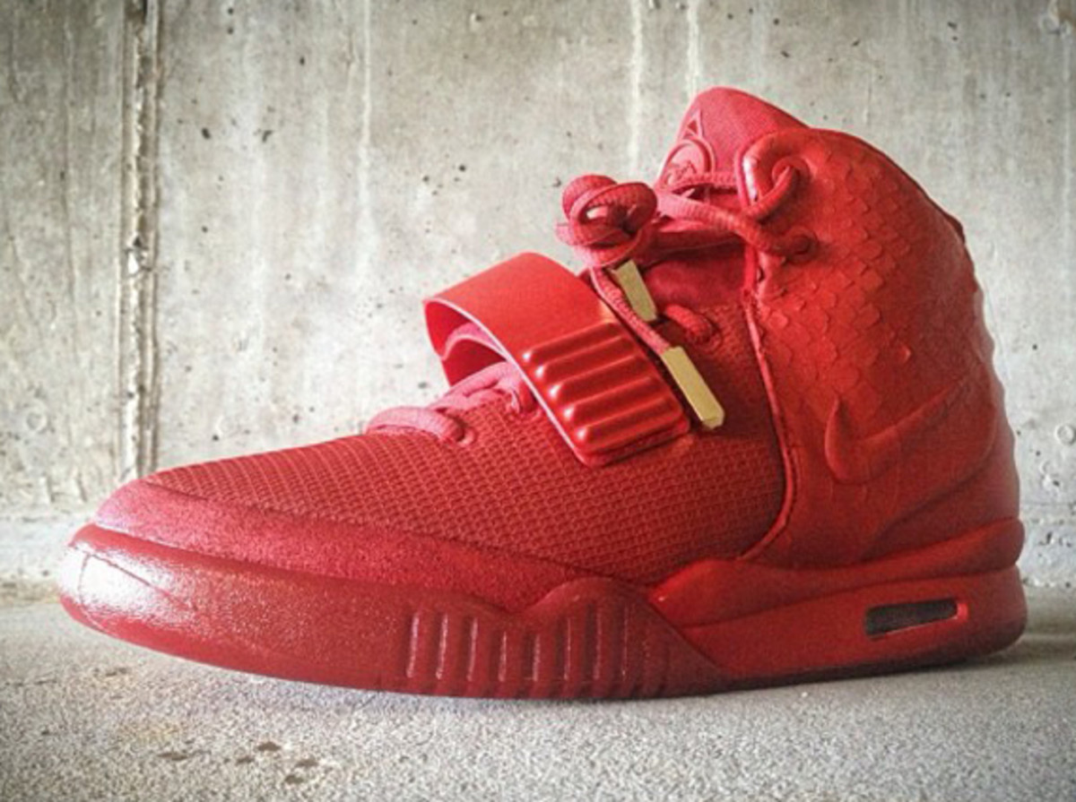 best service cd8fc 619cf Since there are still no words on Nike Air Yeezy 2 s new colorway and its  pending launch, this latest creation by Mache Customs will be the next best  thing.