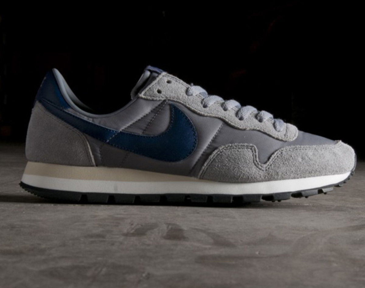 newest a0d4a 026e9 A Nike classic is set to release once again as the Nike Air Pegasus  83 OG  makes its way back onto shelves. The OG in the name refers to the original  ...